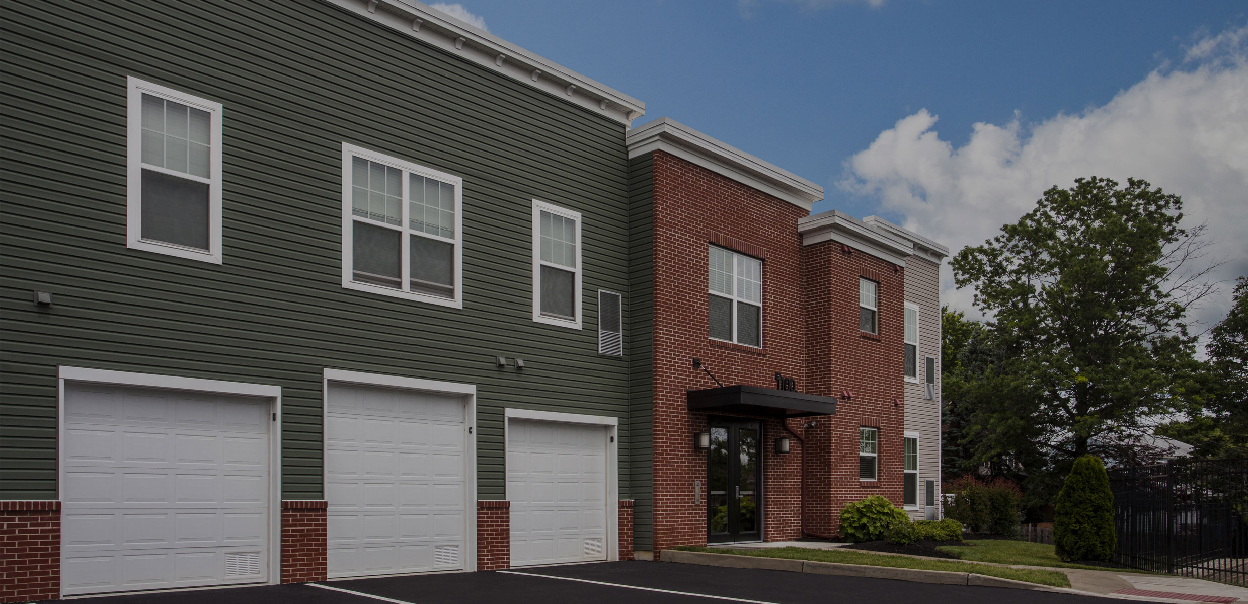 Dwell Cherry Hill Apartments with garages