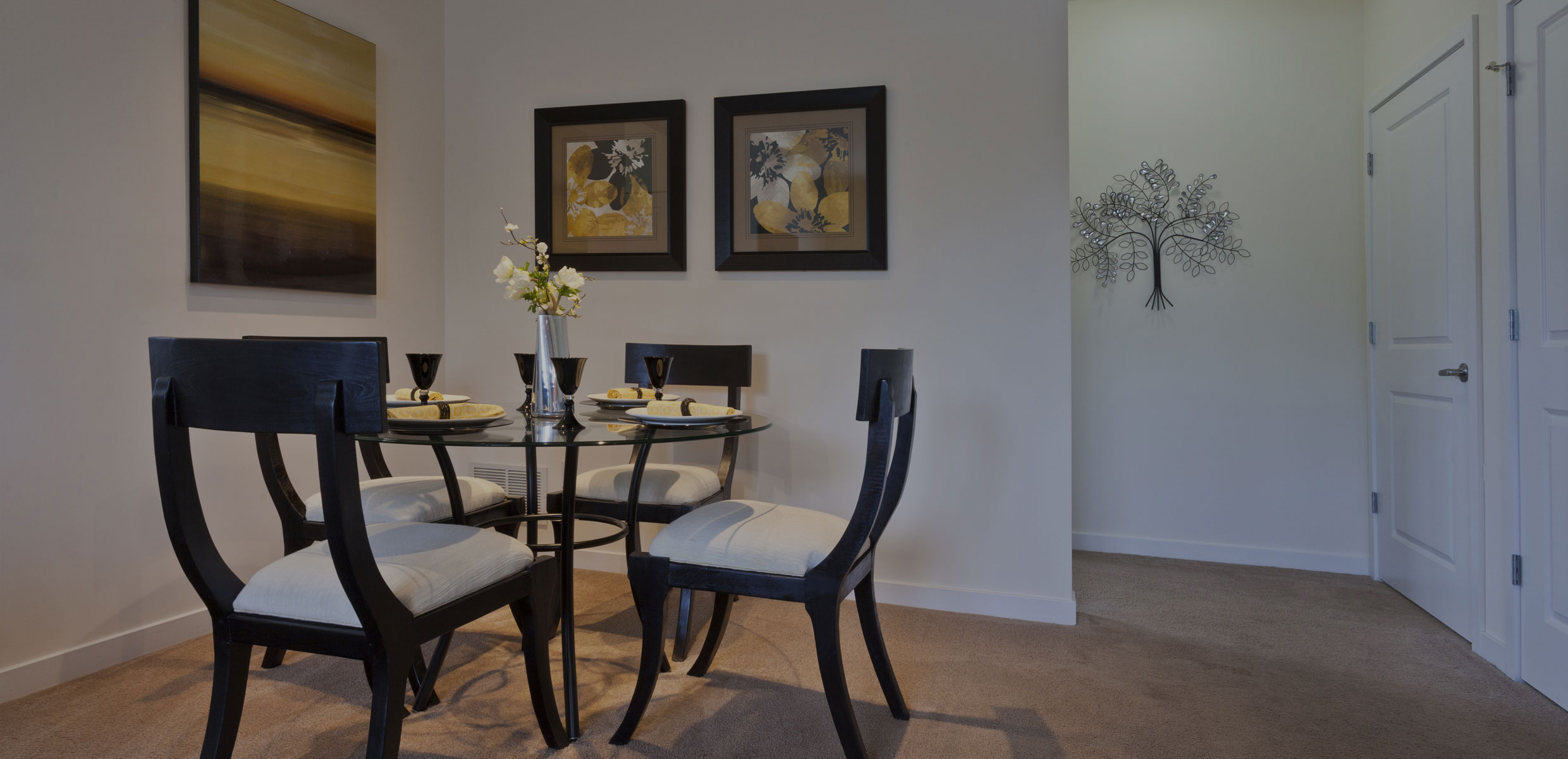 Dwell Cherry Hill Dining Area