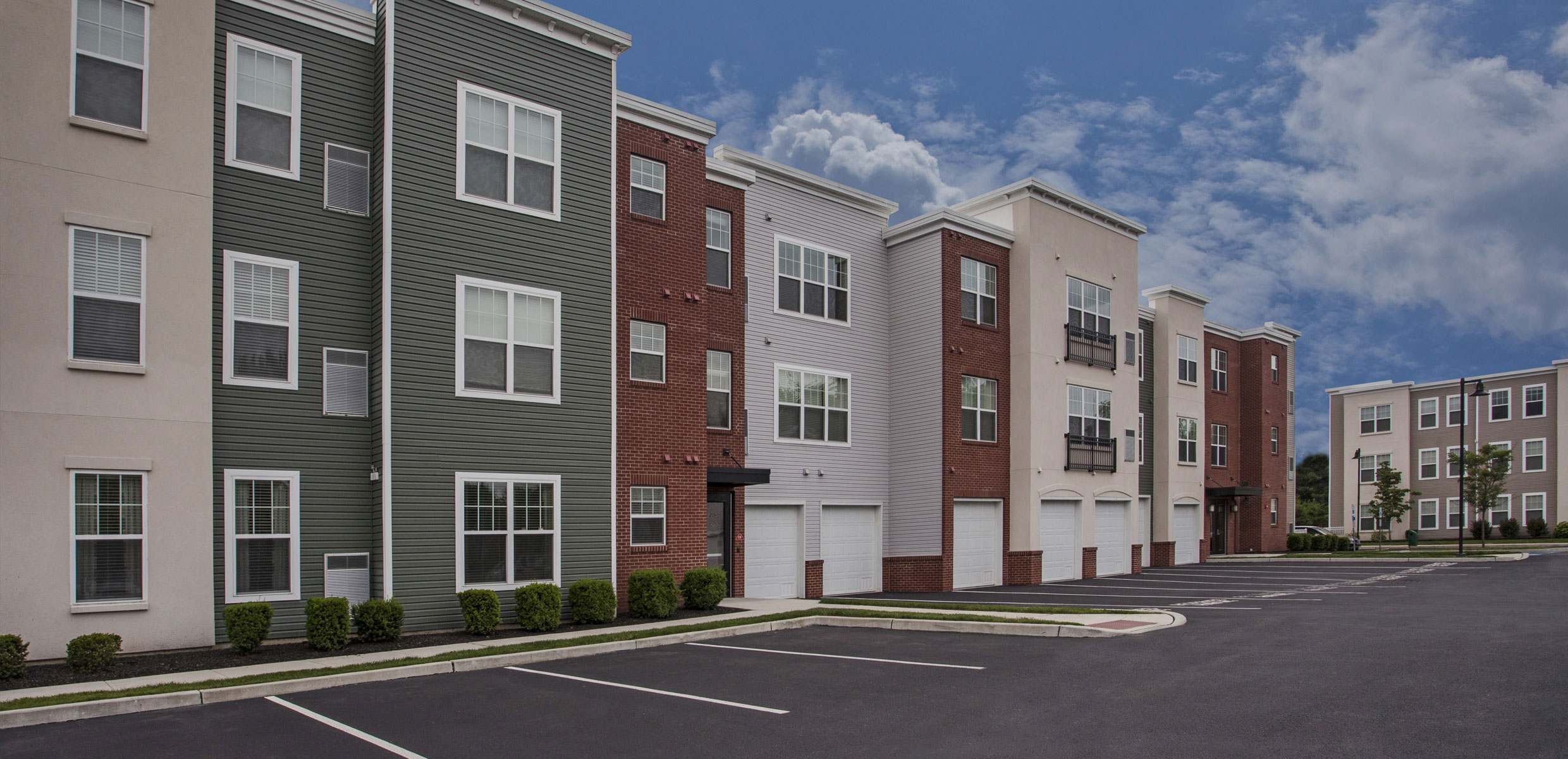 Dwell Cherry Hill Luxury Apartments Exterior